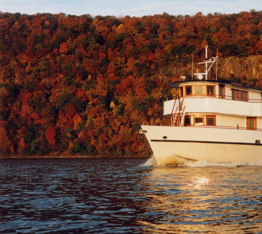 Hudson River Valley Yacht Cruises NYC
